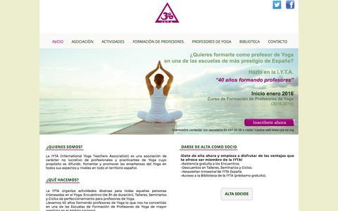 Screenshot of Home Page iyta-es.com - Asociación Internacional de Profesores de Yoga Asociacion Internacional de Yoga - captured Sept. 16, 2015