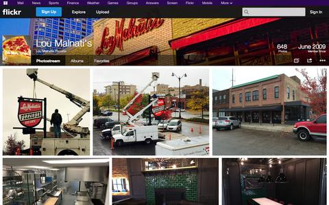 Screenshot of Flickr Page flickr.com - Flickr: Lou Malnatis Pizzeria's Photostream - captured Oct. 23, 2014