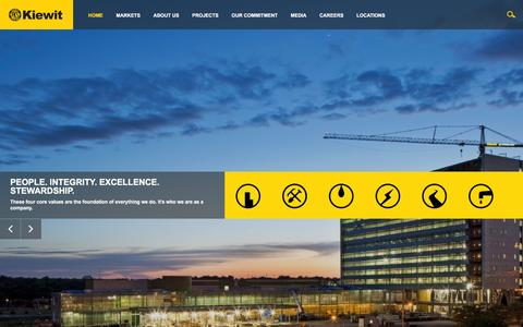 Screenshot of Home Page kiewit.com - Kiewit : Construction, Engineering and Mining Services - captured Dec. 17, 2015