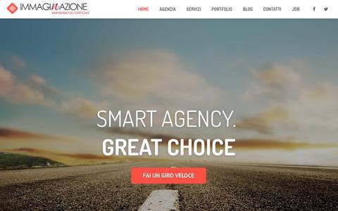Screenshot of Home Page immaginazione.eu - Web Agency Arezzo   Web Marketing   Agenzia SEO   Hotel Marketing - captured Jan. 28, 2015