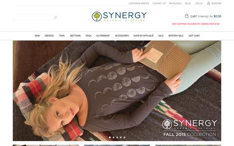 Screenshot of Home Page synergyclothing.com - Home - captured Oct. 1, 2015