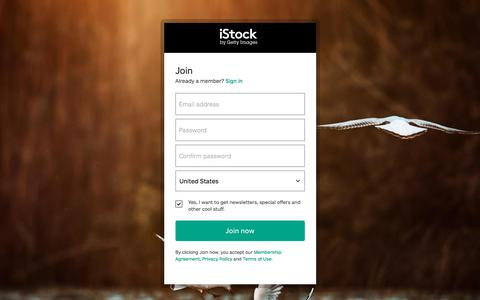 Screenshot of Signup Page istockphoto.com - Register | iStock - captured Feb. 3, 2018