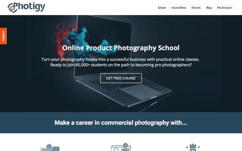 Screenshot of Home Page photigy.com - Photigy School Of Photography - captured Aug. 20, 2019