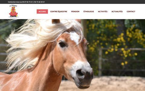 Screenshot of Home Page lereganel.fr - Centre Equestre et Pension aux Matelles, au Nord de Montpellier - Le Réganel - captured Oct. 28, 2018