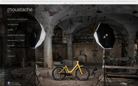 Screenshot of Home Page moustachebikes.com - Moustache Bikes | Vélos à assistance électrique Bosch - captured Sept. 18, 2015