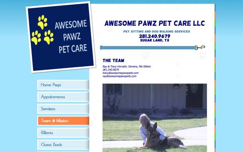 Screenshot of Team Page awesomepawspets.com - Awesome Pawz Pet Care Pet Sitter Contact Us - captured Jan. 21, 2016