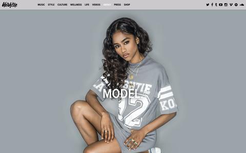 Screenshot of About Page vashtie.com - VASHTIE - Director. Designer. DJ. Model. - captured Oct. 18, 2016