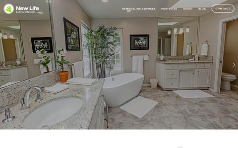Screenshot of Home Page newlifehi.com - New Life Bath & Kitchen - captured Sept. 4, 2015