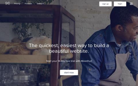 Screenshot of Home Page moonfruit.com - Moonfruit: Responsive Website Builder   Let's Make a Website - captured Aug. 29, 2018