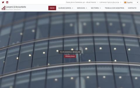 Screenshot of Home Page landac.com - Asesoría Internacional Madrid | Lawyers & Accountants - captured Oct. 24, 2018