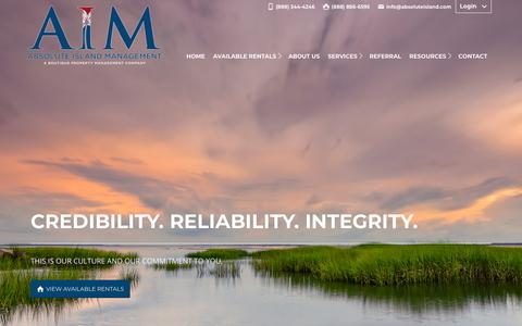 Screenshot of Home Page absoluteisland.com - Hilton Head Property Management - Bluffton SC Property Managers | Absolute Island - captured Dec. 17, 2018