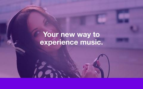 Screenshot of Home Page disizsick.com - DIS - Your new way to experience music - captured Jan. 28, 2016
