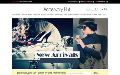 Screenshot of Home Page accessoryhut.com - Buy Fashion Accessories for Women Online | Women's Jewelry, Shoes, Handbags, Wallets, Scarves, Gloves, Belts, Watches, and Sunglasses for Sale | Accessory Hut - captured June 18, 2015