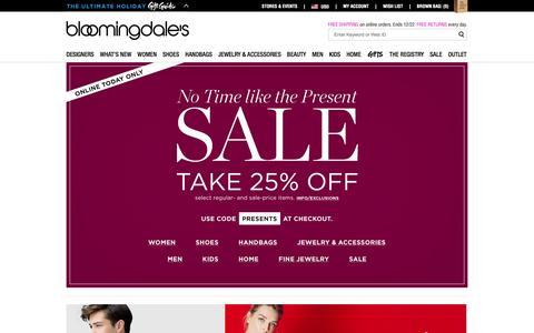 Screenshot of Home Page bloomingdales.com - Shop Bloomingdale's | Designer Dresses, Clothes, Shoes, Handbags, Cosmetics, Home and More - captured Dec. 1, 2015