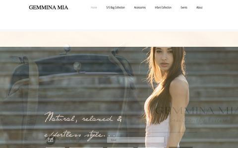 Screenshot of Home Page gemminamia.com - Gemmina Mia - captured July 20, 2015