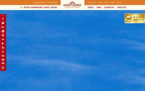 Screenshot of Home Page oaklandhs.com - Alameda, CA Hotel - Hawthorn Suites By Wyndham-Oakland/Alameda - captured Jan. 26, 2016
