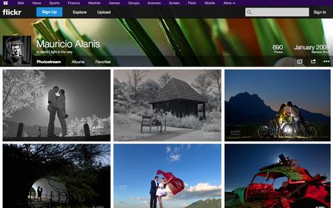 Screenshot of Flickr Page flickr.com - Flickr: m.alanis | light is the way's Photostream - captured Nov. 5, 2014
