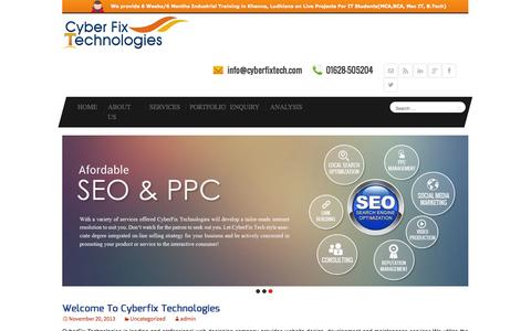 Screenshot of Home Page cyberfixtech.com - Web Designing, Development, E commerce, Industrial Training in Khanna - captured Oct. 3, 2014