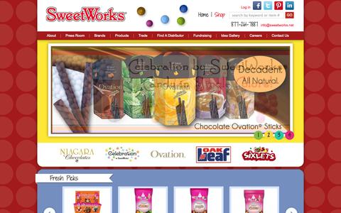 Screenshot of Home Page sweetworks.net - SweetWorks Candy Manufacturer, Niagara Chocolates, SweetWorks,  Sixlets, Ovation, Oak Leaf gum, candy, - captured Sept. 23, 2014