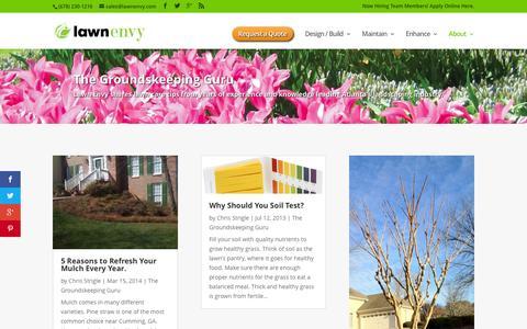 Screenshot of Blog lawnenvy.com - Groundskeeping Guru - Lawn Care Tips | Lawn Envy - captured Dec. 8, 2015