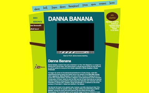 Screenshot of About Page dannabanana.com - DANNA BANANA – danna banana - captured Oct. 5, 2014