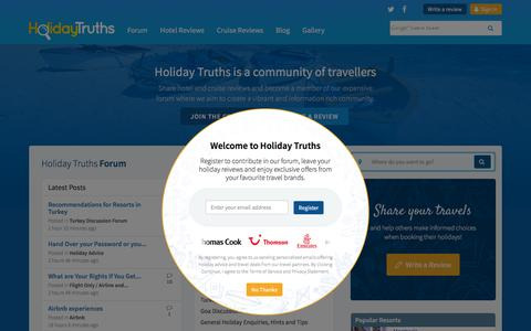 Screenshot of Home Page holidaytruths.co.uk - Read Holiday Reviews & Hotel Reviews - Holiday Truths - captured April 12, 2017