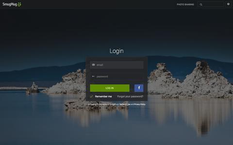 Screenshot of Login Page smugmug.com - Photo Sharing. Your Photos Look Better Here. - captured Jan. 11, 2016