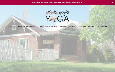 Screenshot of Home Page ssyoga.com - Sacred Space Yoga - captured Oct. 1, 2018