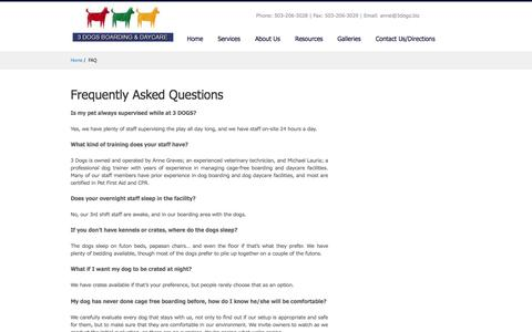 Screenshot of FAQ Page 3dogsboardinganddaycare.com - Dog Daycare | Dog Boarding | Frequently Asked Questions | 3 DOGS - captured Oct. 7, 2014
