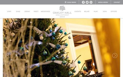 Screenshot of Home Page oakleyhall-park.com - Hotels in Hampshire | Oakley Hall Hotel Basingstoke - captured Nov. 3, 2015