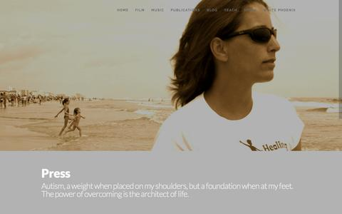 Screenshot of Press Page lauranadine.net - Laura Nadine  » Press - captured Nov. 1, 2014