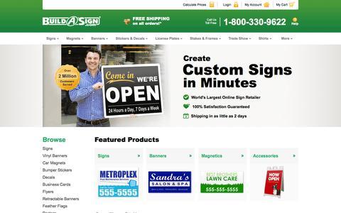 Screenshot of Home Page buildasign.com - Yard Signs, Signs, Custom Signs Online | BuildASign - captured Oct. 7, 2015