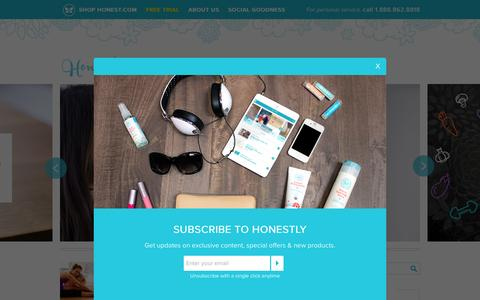 Screenshot of Blog honest.com - Honestly... The Honest Company Blog - Get insight and information about green and organic baby care. The Honest Company is your trusted source for safe, eco-friendly, natural diapers, organic bath & skin care and green cleaning products. - captured Oct. 1, 2015