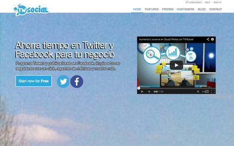 Screenshot of Home Page twsocial.com - Ahorra tiempo en Twitter y Facebook -  TWSocial #CM #SMM - captured Sept. 23, 2014