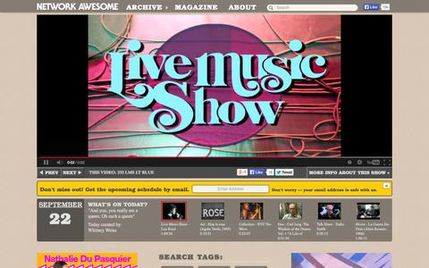 """Screenshot of Home Page networkawesome.com - Network Awesome - Tue, Sep 23 Color is so overrated....Today we """"hail hail"""" to Black and White! - captured Sept. 23, 2014"""