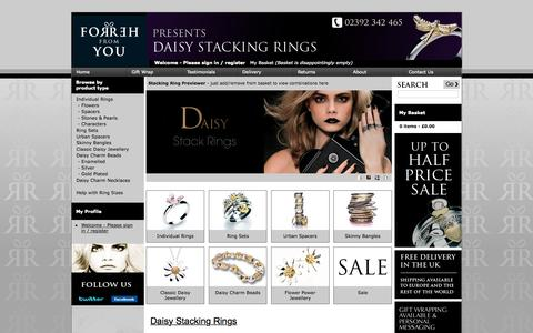Screenshot of Home Page daisy-stacking-rings.co.uk - Daisy Jewellery Stacking Rings | Half Price Sale Now On - captured Sept. 19, 2015