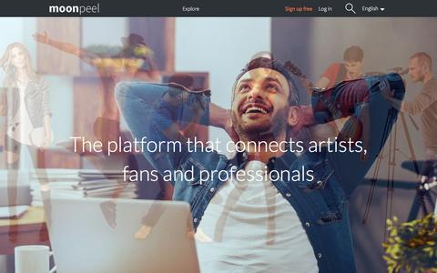 Screenshot of Home Page moonpeel.com - Moonpeel: The platform that connects artists, fans and professionals - Free online portfolios - captured Dec. 12, 2016